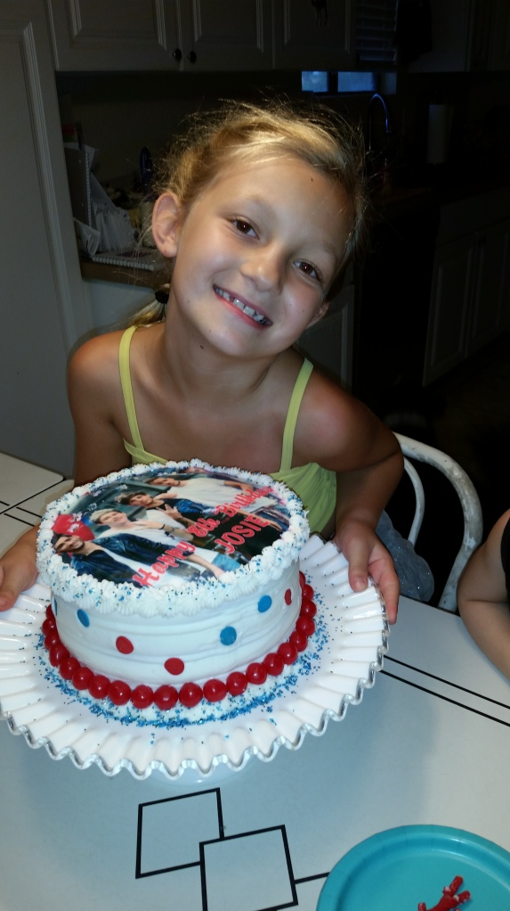 Sweet Josie, in love with 1D.
